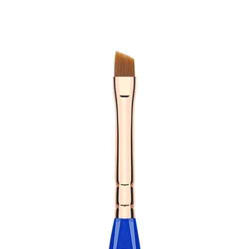 GOLDEN-TRIANGLE-762-SMALL-ANGLE-BRUSH